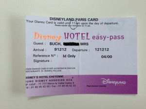 ID og eventuelt betalingskort i Disneyland Paris2012